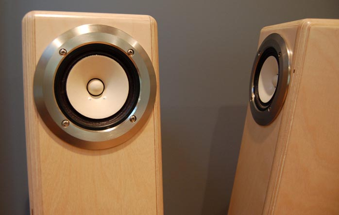 6moons audio reviews: Atelier Audio First Horn
